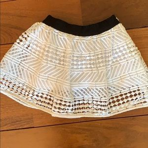 Milly Minis Bottoms - MILLY MINI size 2 white lace skirt